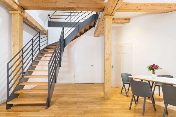 Treppensanierung - Zweiholmtreppe - Ansicht von unten